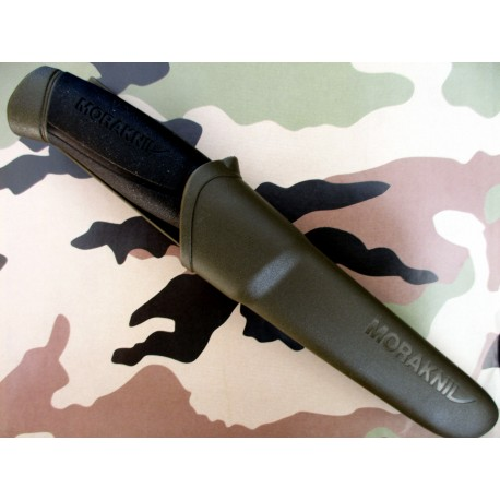 COUTEAU MORA ARMY SUEDOIS